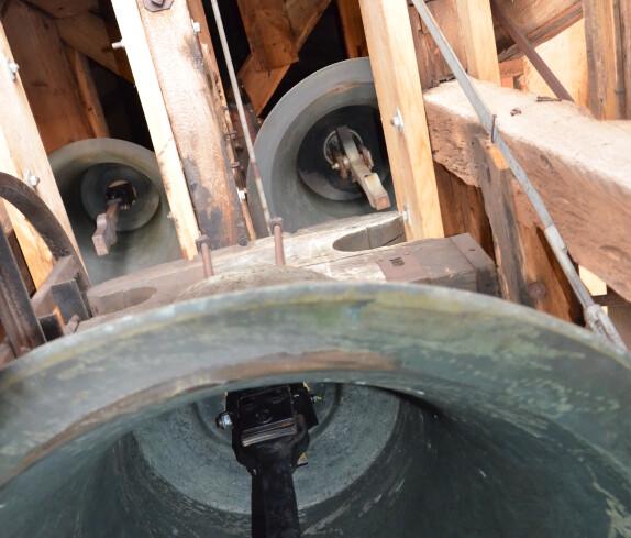 Glockenturm der röm. kath. Pfarrkirche Jabing
